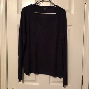 🔥🔥SALE🔥🔥 2 for $16. Atmosphere v-neck sweater